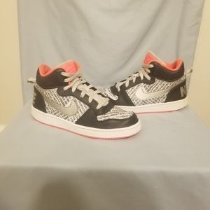 Nike court brough mid print gs shoes